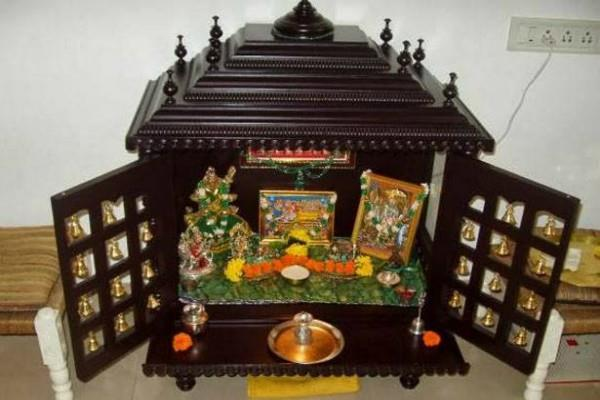 do these things in mind while located temple in house