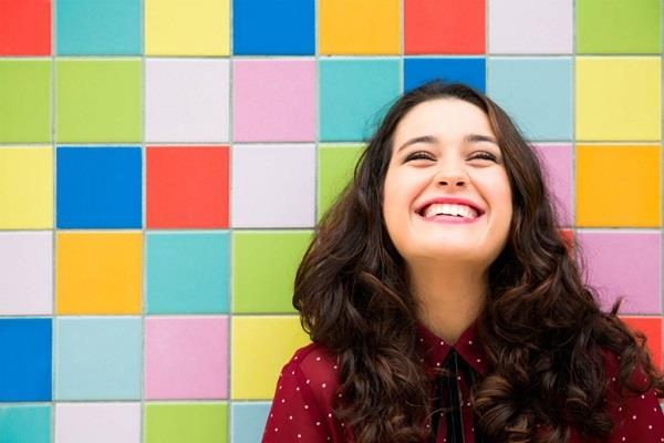 british research says youngster smile 11 times in a day