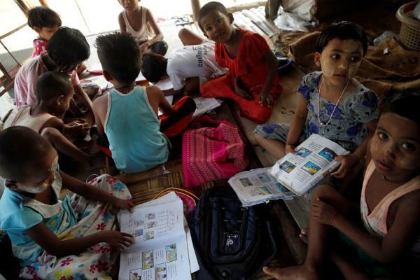 schools reopen in myanmar rakhine but rohingya still flee