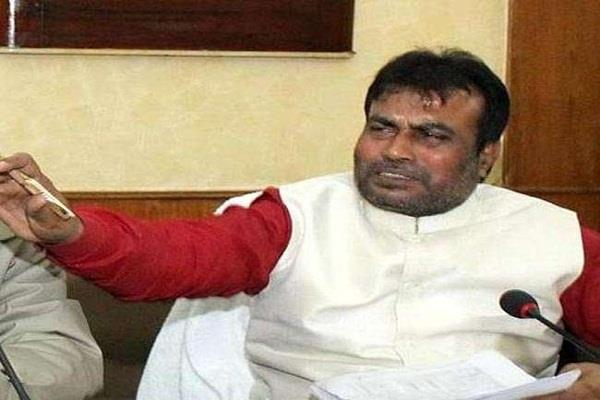 another big blow in jdu  two leaders against nitish