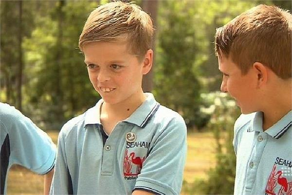 the ten year old boy saved life of his friend