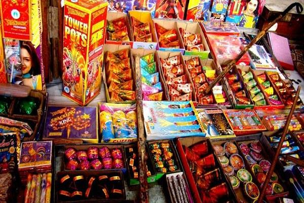 fireworks theft of 35 thousand fireworks shop