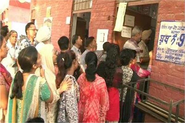 polling did not show up in the gurdaspur lok sabha election