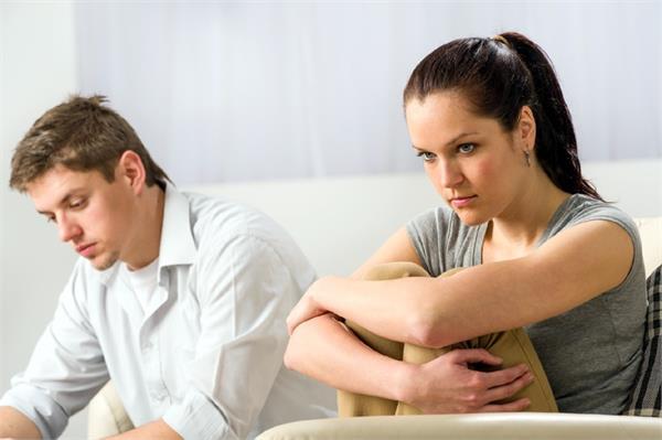 इन वजहों से धोखेबाज पति के साथ रहती हैं महिलाएं!