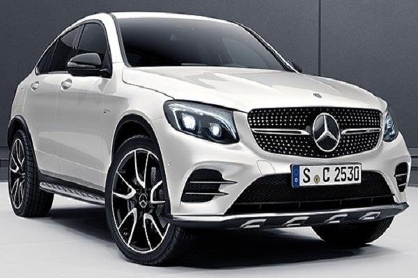 mercedes benz recalls 400 000 cars in the uk for potential airbag issue