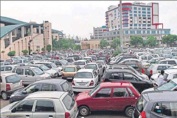 cars will now be shut down in delhi parking rates will go up to four times