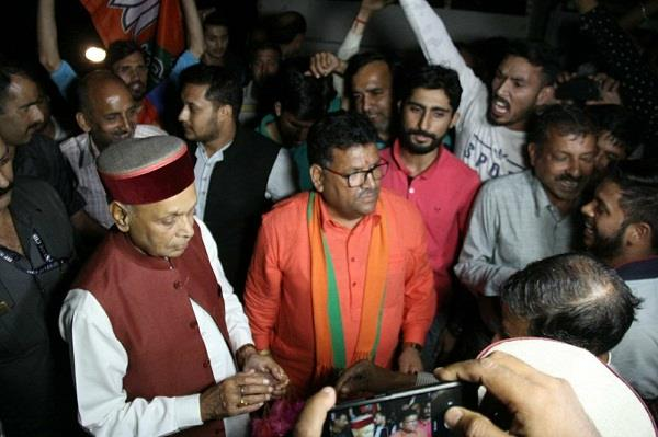 dhumal is going to shift from hamirpur to sujanpur assembly seat