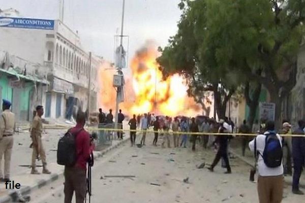 mogadishu blast  13 killed and 16 injured