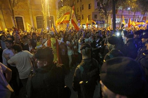 catalonia preparing for the independence announcement