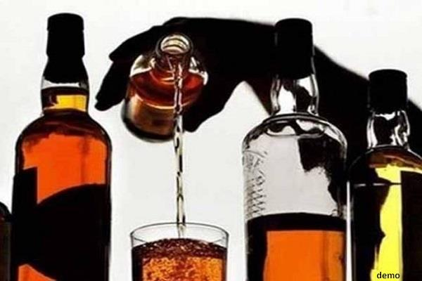drinking alcohol in this village panchayat will take 11 thousand fines