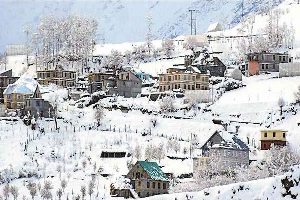snowfall on third day of hills in himachal  recorded decline in temperature