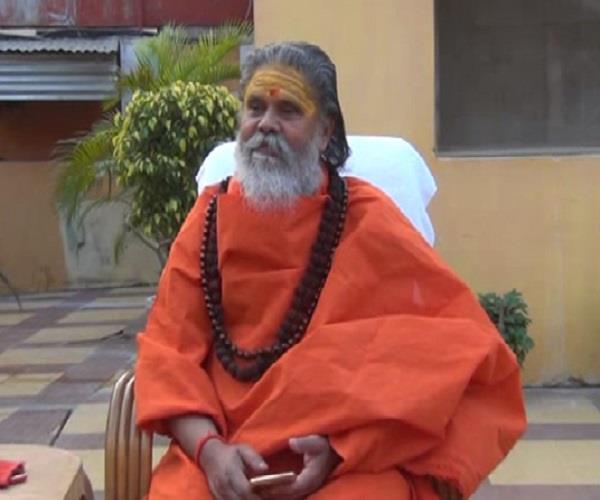 big statement narendra giri film padmavati and ravi shankar