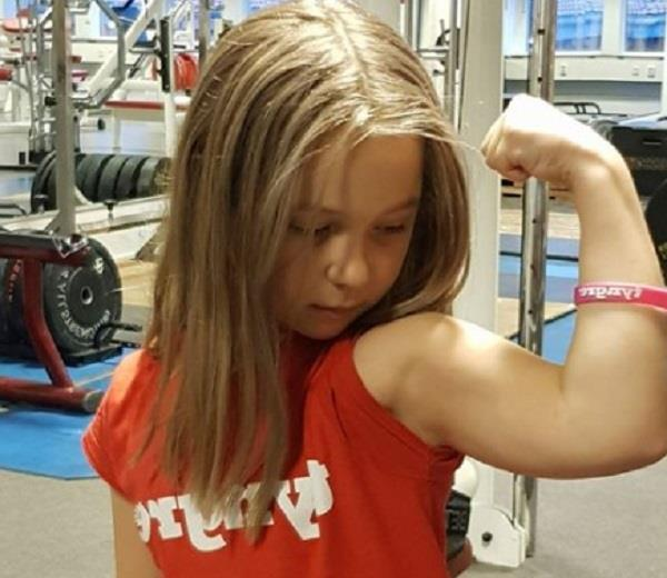 10 year old swedish girl lifts 65kg