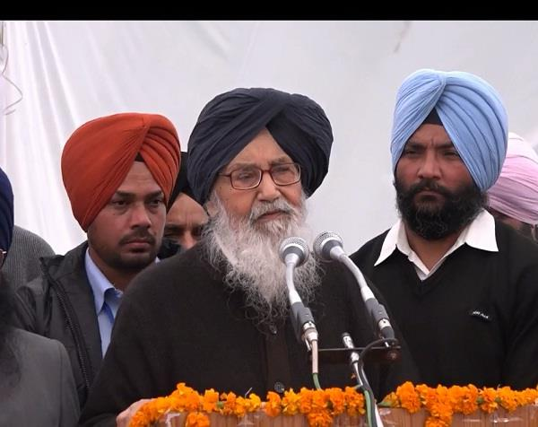 there is no age restriction in politics badal