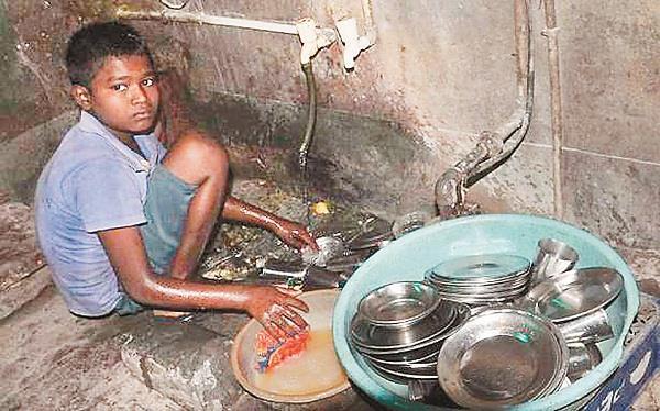 30  of world  s poor children live in india