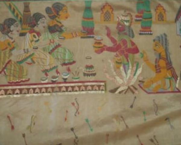 weavers engraved ramayana on sarees  honorable degree of doctorate
