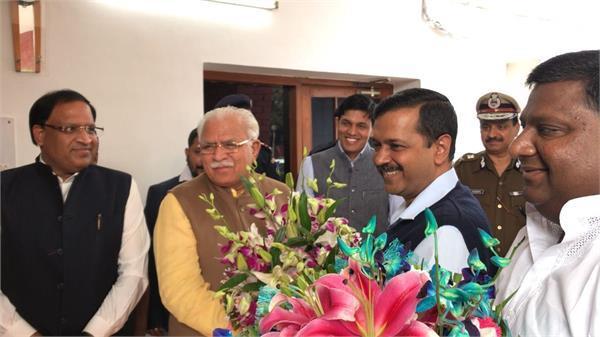 cm kejriwal and cm khattar meeting