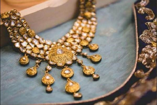 huge in gold and silver prices due to weak jewelery demand