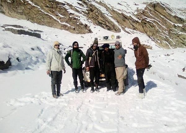 lahaul valley in stranded hundreds people to by bro the relief