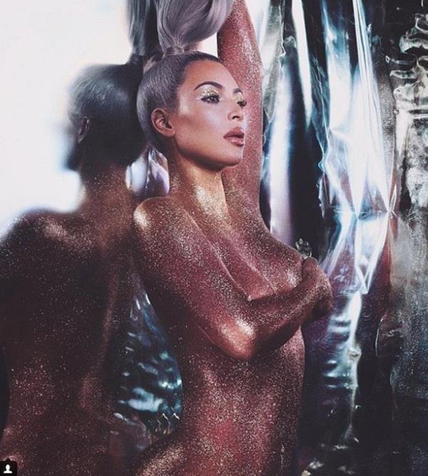 kim kardashian wears just gold glitter