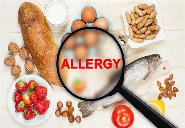 इन फूड्स से एलर्जी है तो खाएं ये आहार