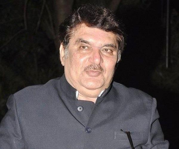 actor raza murad in support of sanjay leela in protest against padmavati