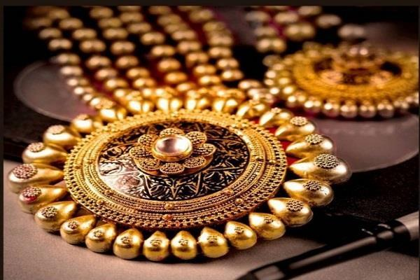 minimum rise in gold  silver prices fall sharply