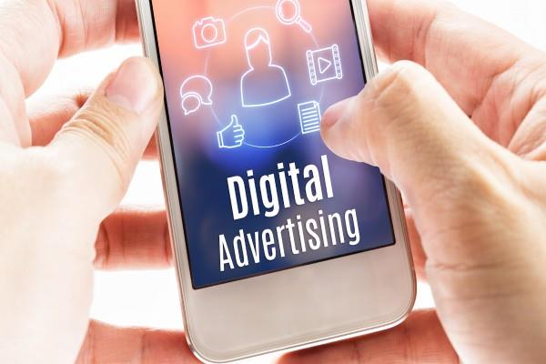 expected to reach 13 000 crores on digital advertising by december 2018