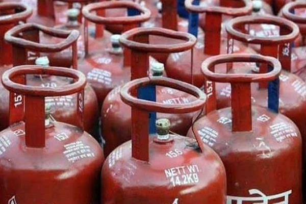 rs 47 crore lpg subsidy deposited in airtel bank accounts without consent