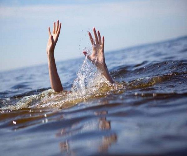 the painful death caused by the drowning of a student at ganga