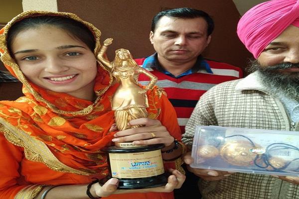 gurpreet kaur won miss world punjaban in toronto