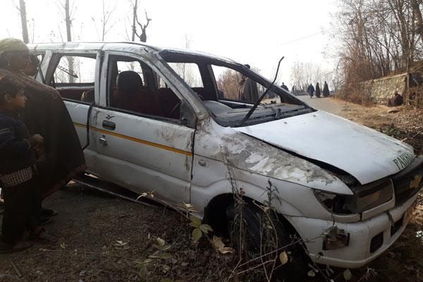 one dead in road accident