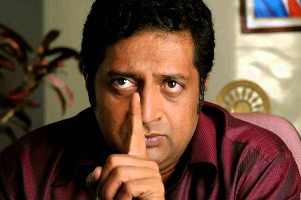 actor prakash raj controversial speech after kamal haasan