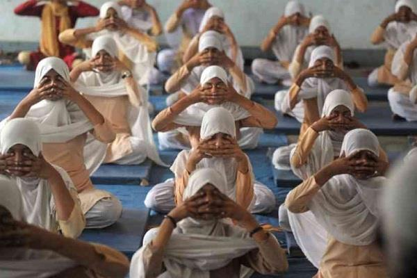 people fighting for yoga in india  saudi arabia has given the status of game