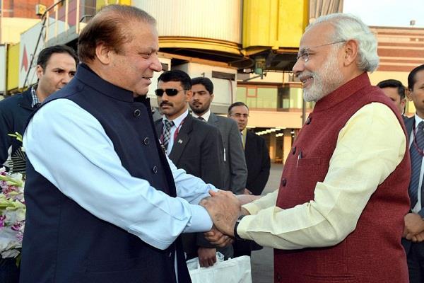 hafiz tells nawaz sharif to increase friendship with modi