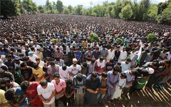 palhalan and pattan  shut to mourn killing of a militants