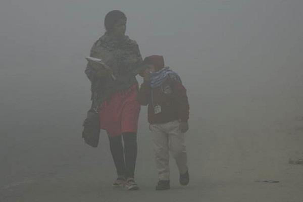 every third child living in delhi has bad lungs  report