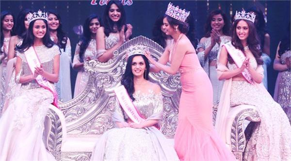 bollywood manushi from hariyana becomes miss world 2017