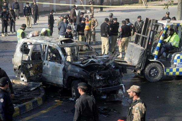 pakistan  four killed in balochistan attack on security forces