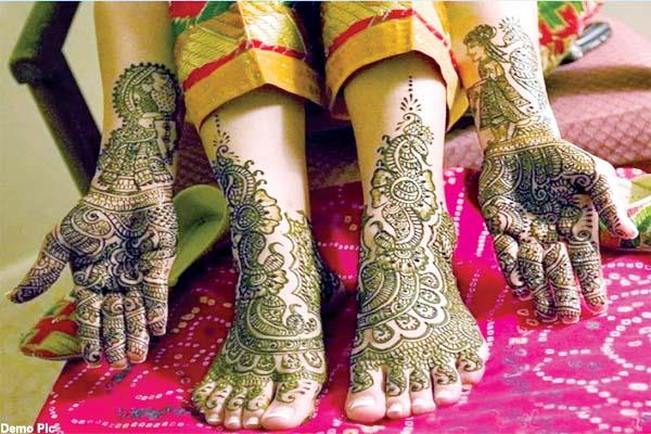 mehndi was in her hands  then it happened something like that