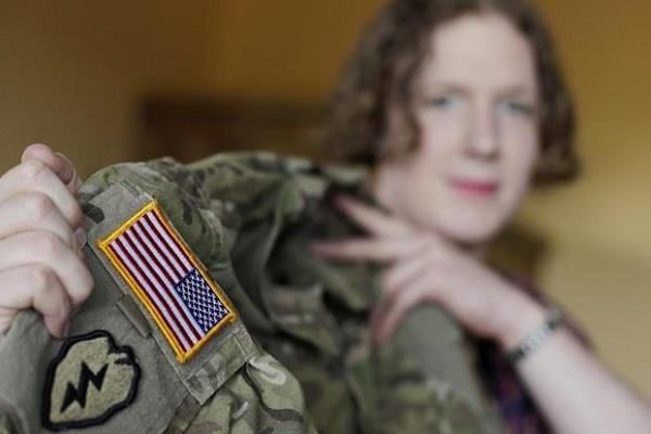 us army recruiting transgenders
