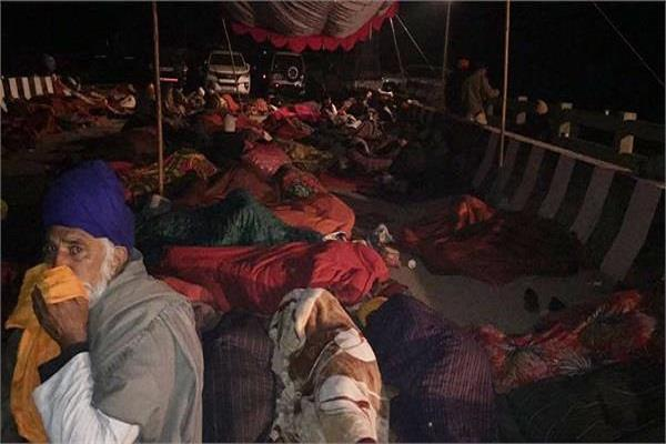 the night that sukhbir spent this kind of time with akali workers
