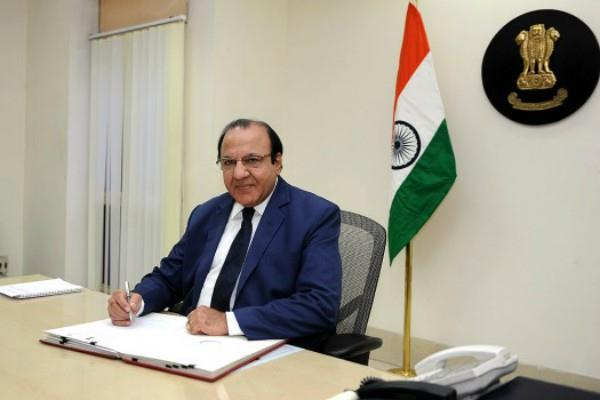 chief election commissioner jyoti can become governor in march 2018
