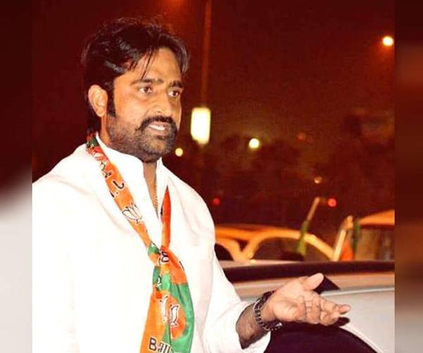 bjp leader killed  3 shooters including 3 arrested