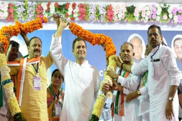 rahul gandhi will be declared unopposed today