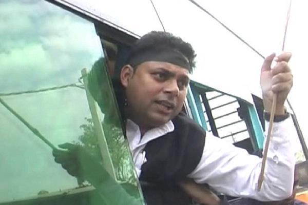 congress opposes khatima tour of cm