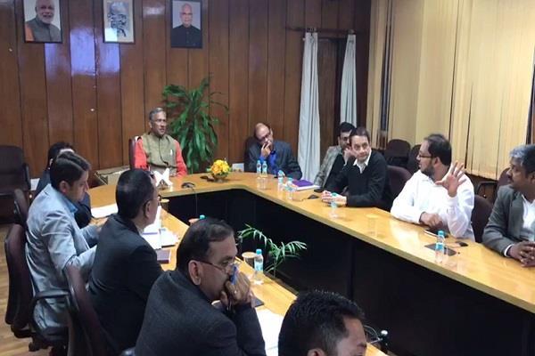 cm holds meeting for kedarpuri rebuilding