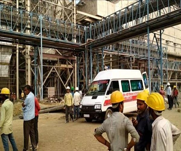 ntpc heavy unit of sixth unit dropped on laborer