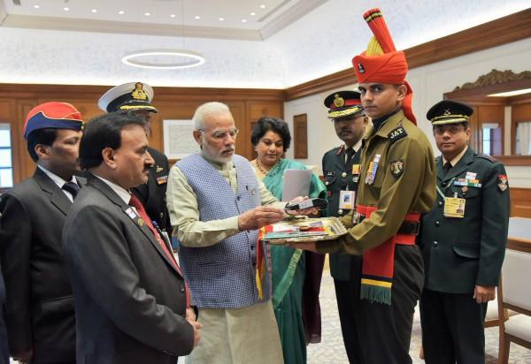 pm modi meets officials of union sainik board