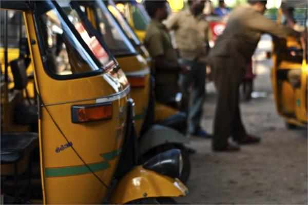 arbitrators of auto drivers   their id not being deposited